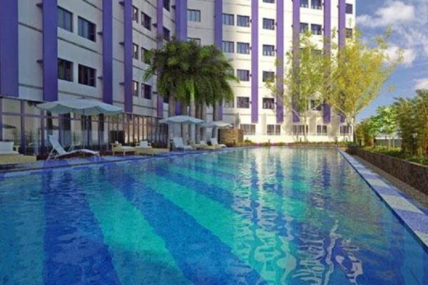 quezon city resorts, affordable quezon city resorts, affordable quezon city hotel with pool, quezon city condo with pool open at night