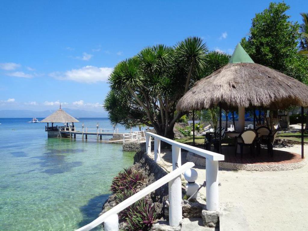 Beach Resort In Moalboal Cebu Philippines